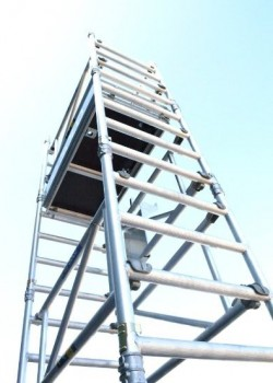 Youngman BoSS SOLO 700 Scaffold Tower