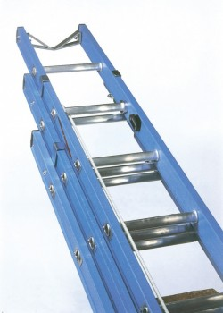 Glass Fibre Telecommunication Ladder-Three Section Validated to EN131-2