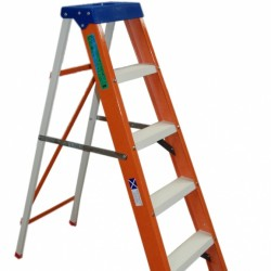 New Product-Euroglas All Fibreglass Step Ladders to EN131