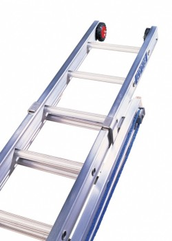Heavy Duty Aluminium Rope Operated Extension Ladder-Three Section to BS2037 Class 1