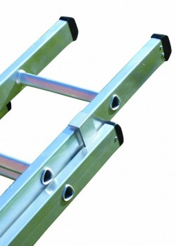 Industrial Aluminium Extension Ladder-Two Section Push Up to BS2037 Class 1