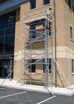 HiLyte 500 3T Industrial Aluminium Scaffold Tower (Platform Size 1.8m x 1.45m)