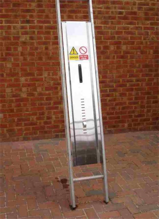 Ladder Guard Aluminium Or Galvanised Ladder Accessories