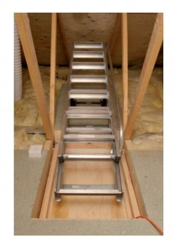 Spring Counterbalanced Sliding Aluminium Loft Ladder