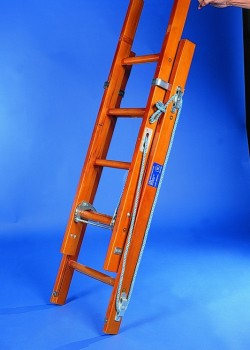 Industrial Timber Ladder with Hardwood Rungs-Two Section Rope Operated to BS1129 Class 1:1990
